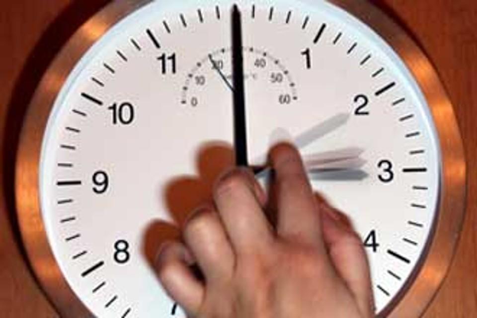 Cambio orario 2015 a marzo torna l 39 ora legale e finisce l for Quando torna l ora legale 2017