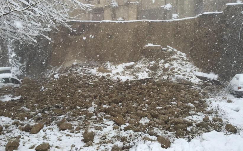 Maltempo Abruzzo, Civitella: crolla parte del muraglione della città