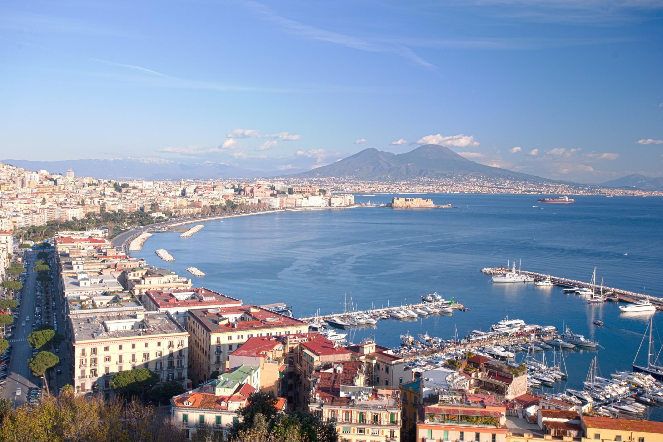 Previsioni meteo Napoli: veloce passata fredda, poi migliora?