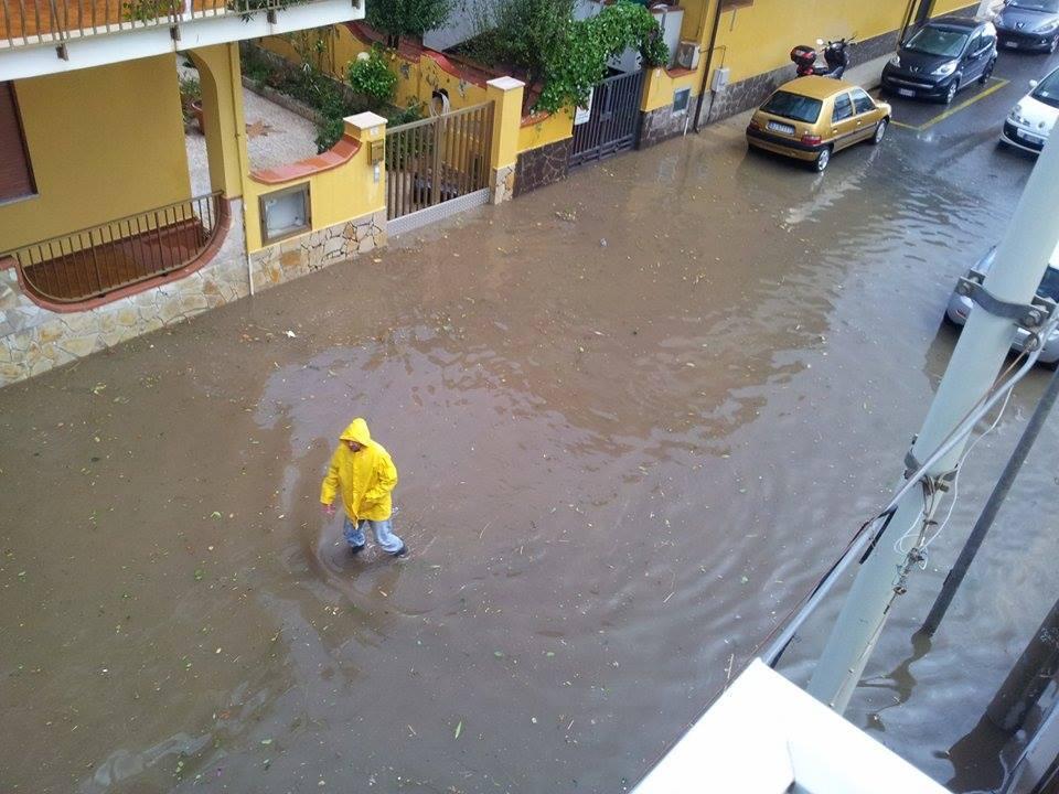 Allerta meteo sicilia scuole chiuse a barcellona pozzo di - Meteo bagno di romagna domani ...