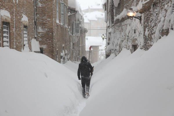 Meteo Neve: Appennino, attese abbondanti nevicate in quota
