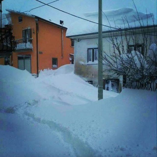 Il terremoto non dà tregua: nuove forti scosse in provincia di L'Aquila