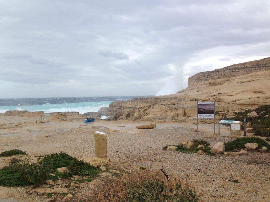 Malta, collassa per maltempo la Finestra Azzurra