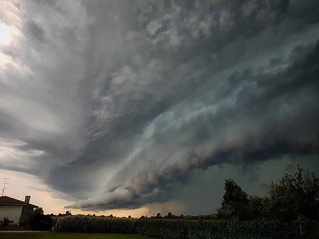 Previsioni meteo: oggi temporali al Nord, domani anche al Centro