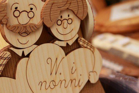 Festa dei nonni e dei nipoti con l'Unicef, tra memoria e giochi