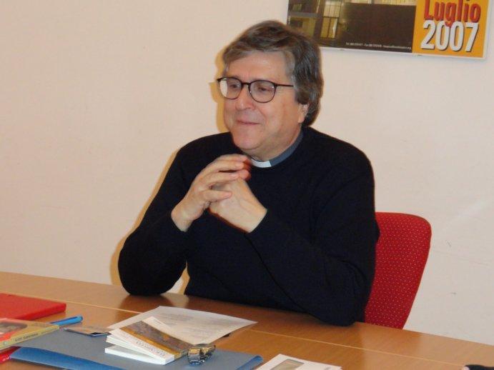 Mons. Francesco Savino presenterà il suo libro Spiritualità e Politica durante la settimana della festa dei Santi Medici a Bitonto