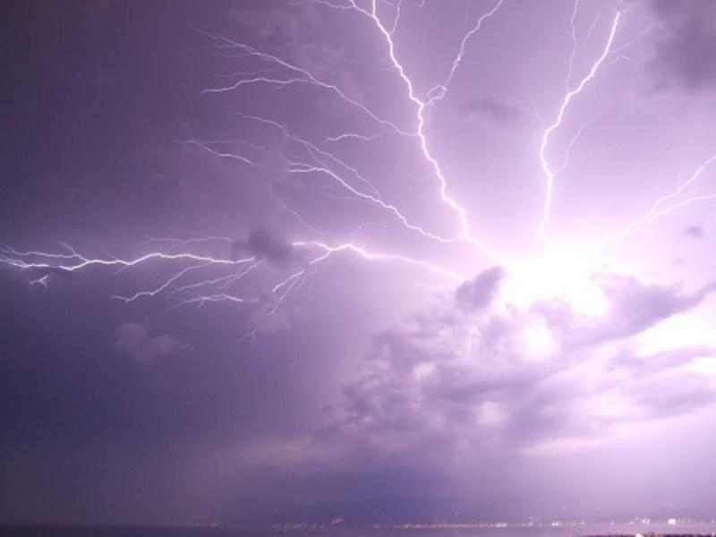 Previsioni meteo domani: ciclogenesi al Sud, insiste il maltempo