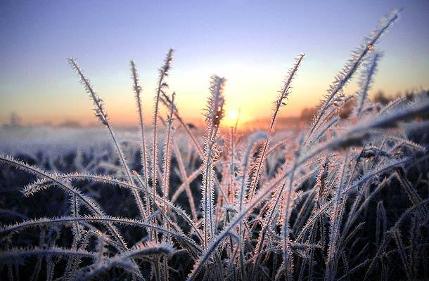 Previsioni meteo oggi: torna a splendere il sole, ma occhio alle gelate