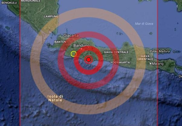 Terremoti: sisma 6.5 costa Java, morti