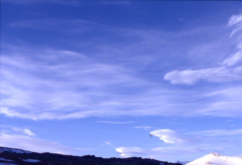 Previsioni meteo oggi: giornata stabile, atteso transito nuvoloso