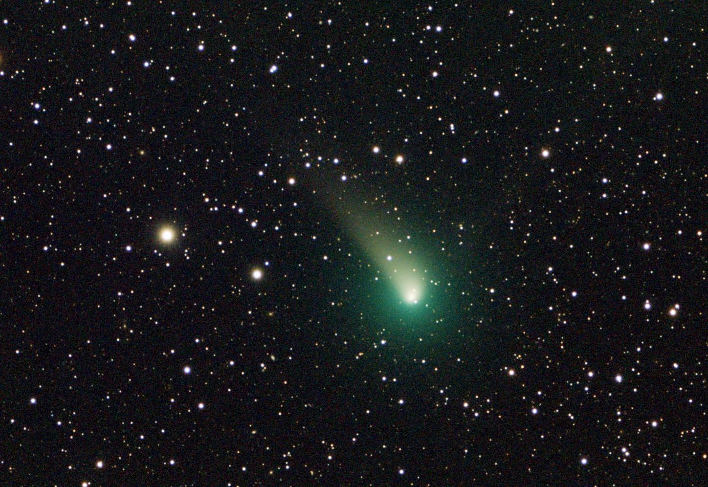 La cometa di Natale sfiorerà la Terra: ecco come vederla