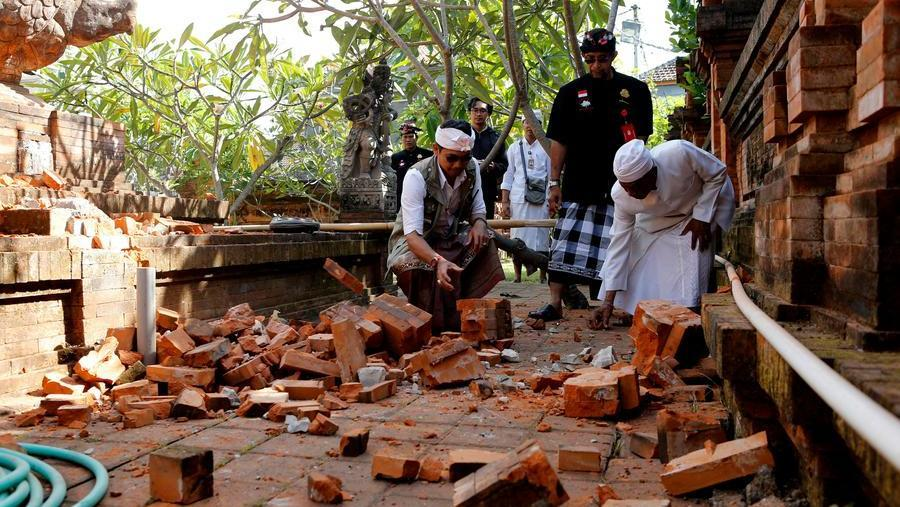 Forte terremoto in Indonesia, scossa sentita anche a Bali