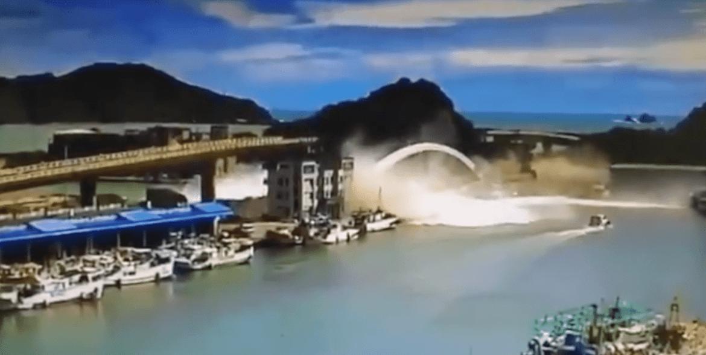 Enorme ponte crolla a Taiwan: ci sono feriti e dispersi