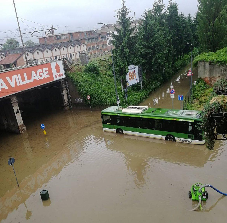 Temporale estremo su Milano: nubifragio manda in tilt la città ...